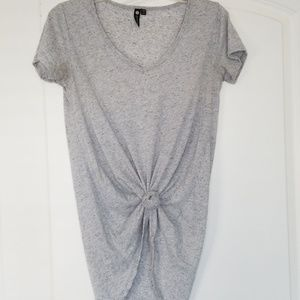 Oversized grey tshirt